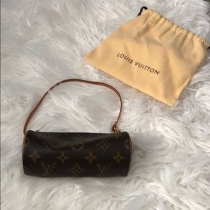 Mini round Louis Vuitton accessory bag